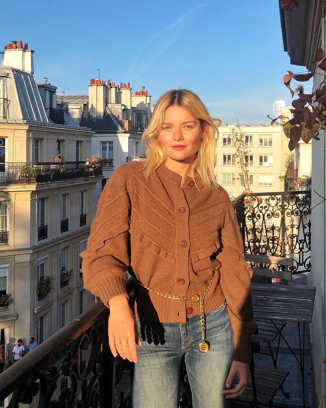 5 kiểu áo len đẹp xỉu của phụ nữ Pháp