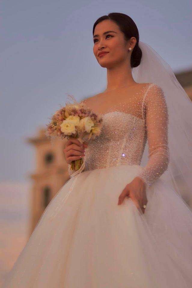 Hậu siêu đám cưới 10 tỷ, dân tình chỉ muốn hỏi: Đông Nhi dùng son gì mà đẹp thế? - Ảnh 3.