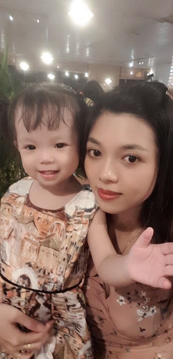 Xuýt xoa trước những hộp cơm bento đẹp như tranh vẽ mẹ Nha Trang làm cho con gái 2 tuổi - Ảnh 1.