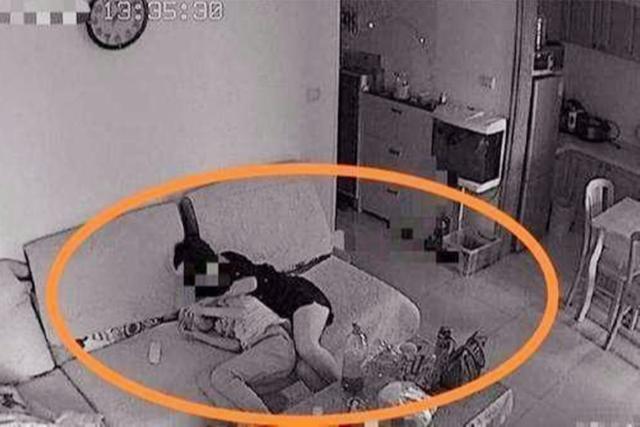 Âm thầm lắp camera ở nhà để tiện theo dõi con trai 11 tuổi, ông bố bất ngờ khi phát hiện cảnh tượng này - Ảnh 2.