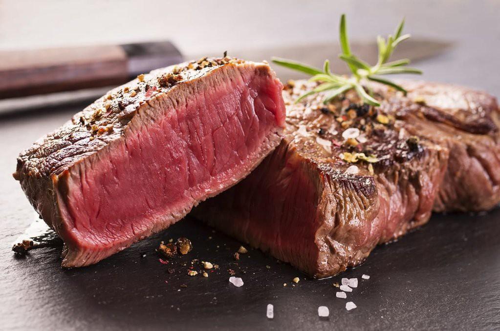 """Những đối tượng """"đại kỵ"""" với thịt bò, thèm cũng đừng ăn nhiều vì rất hại sức khỏe - Ảnh 1."""