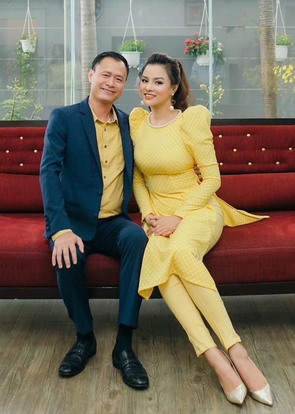 Vũ Thu Phương đáp trả trước tin đồn chồng là người trong hoàng gia Campuchia, có tài sản hằng trăm tỷ - Ảnh 3.