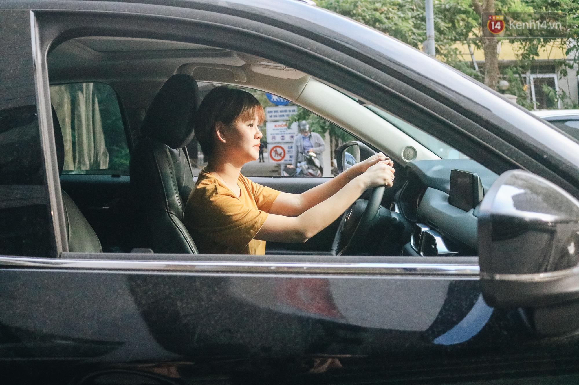 Từ vụ nữ tài xế Mercedes gây tai nạn kinh hoàng khiến 1 người chết: Chị em phụ nữ nói về gót giày tử thần khi lái xe - Ảnh 5.
