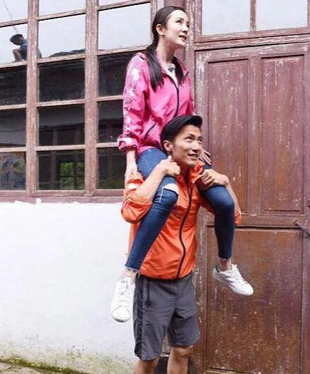 Rộ tin đồn Dương Mịch mang thai con của Tạ Đình Phong, chuẩn bị công khai mối quan hệ tình cảm - Ảnh 7.