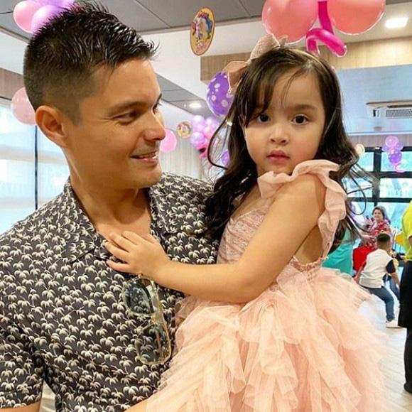 """Không chỉ xinh như công chúa trong tiệc sinh nhật 4 tuổi, con gái """"Mỹ nhân đẹp nhất Philippines"""" còn được nhận điều đáng ghen tị này - Ảnh 5."""