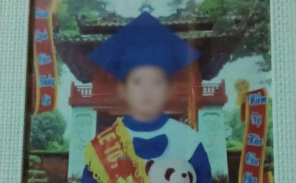Mẹ kế giết con riêng của chồng, chôn xác ở vườn mía: Nghi phạm có thể thoát án tử hình vì đang nuôi con nhỏ? - Ảnh 1.