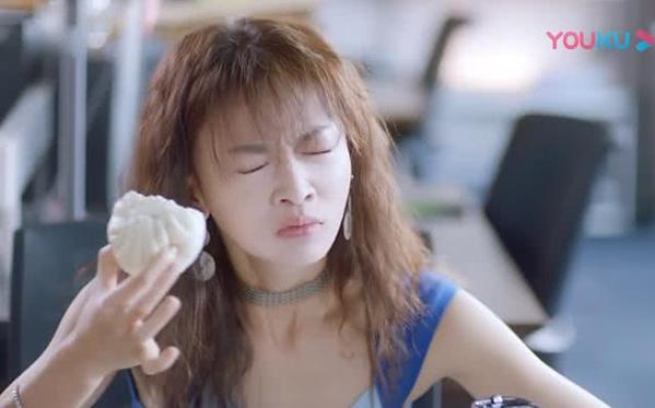 Dàn diễn viên gây thất vọng nhất năm 2019: Angelababy trợn mắt, Ngô Cẩn Ngôn khoa trương - Ảnh 8.