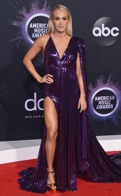 Thảm đỏ American Music Awards 2019: Selena Gomez tái xuất với vòng 1 căng đầy chặt chém dàn mỹ nhân Hollywood - Ảnh 15.