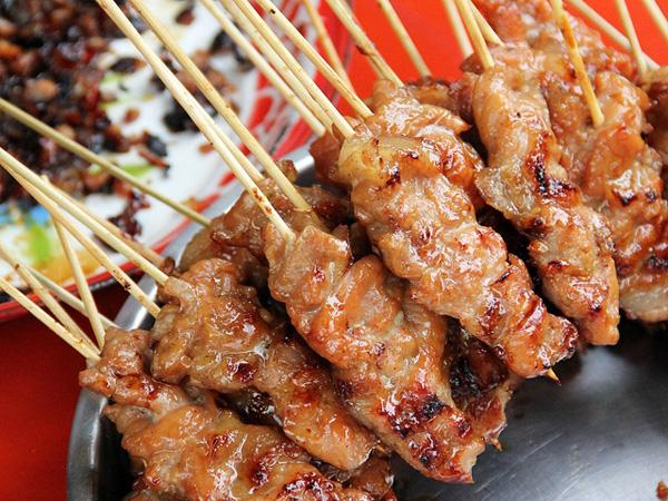 """Món ăn khoái khẩu """"thịt xiên nướng"""" siêu hút khách vào ngày lạnh: Ham đến mấy cũng chẳng nên ăn nhiều vì những lý do kinh hãi này! - Ảnh 6."""
