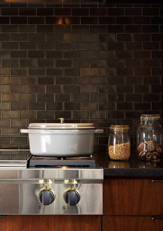 Những ý tưởng trang trí nhà bếp màu đen siêu ấn tượng - Ảnh 13.