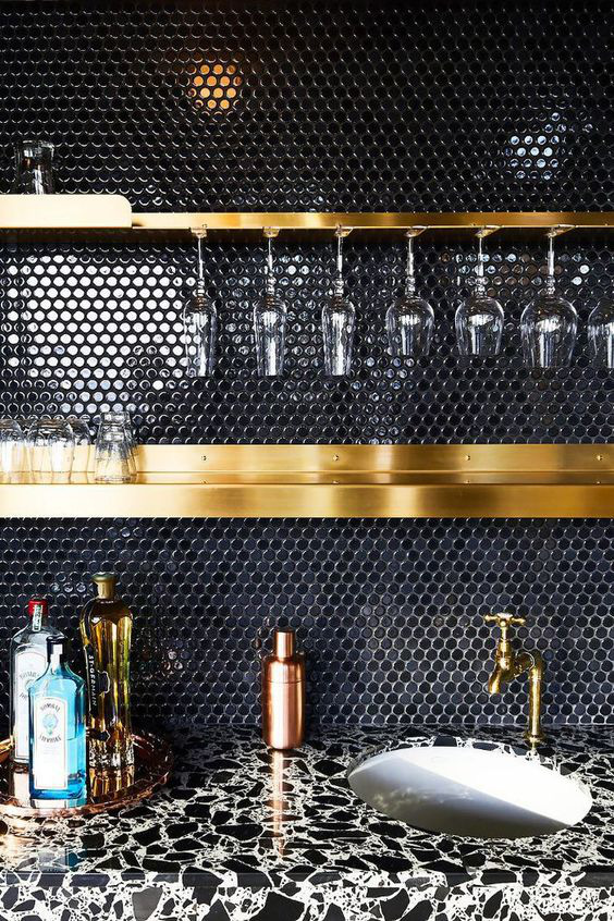 Những ý tưởng trang trí nhà bếp màu đen siêu ấn tượng - Ảnh 2.