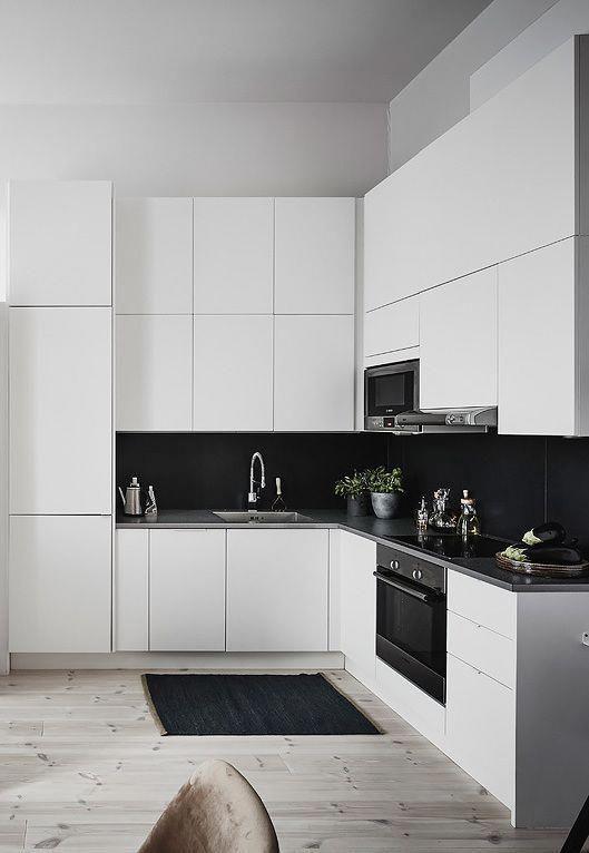 Những ý tưởng trang trí nhà bếp màu đen siêu ấn tượng - Ảnh 8.