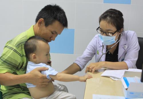 Thời tiết chuyển mùa: Bệnh hô hấp nào hay gặp ở trẻ? - Ảnh 1.