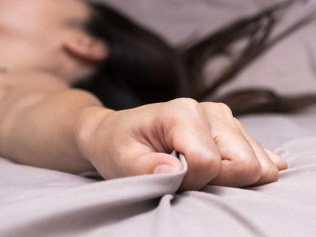 """Sau khi quan hệ, phụ nữ thấy """"vùng kín"""" có 7 dấu hiệu này hãy đi khám gấp kẻo tổn thương đường sinh sản mà không biết - Ảnh 2."""