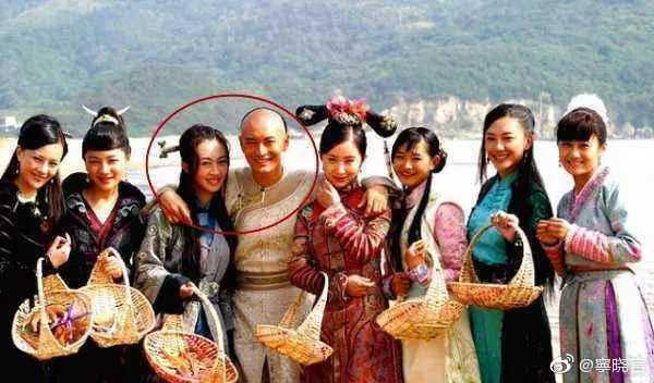 Sóng gió nổi lên: Angelababy - Dương Mịch nắm tay nhau đối diện tình địch cũ trong show mới - Ảnh 2.
