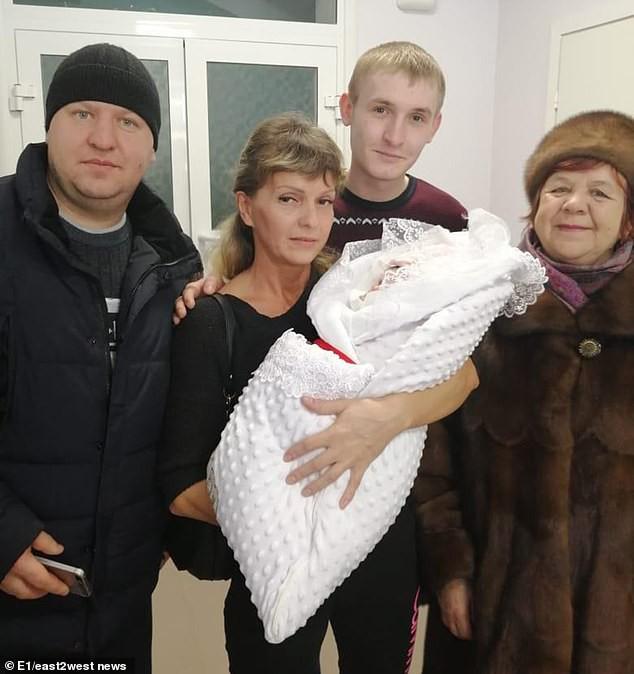 Thay vì kéo nhau thai, bác sĩ lại rút nhầm...tử cung, bà mẹ trẻ chết vì sốc trong sự tột cùng của đau đớn - Ảnh 5.