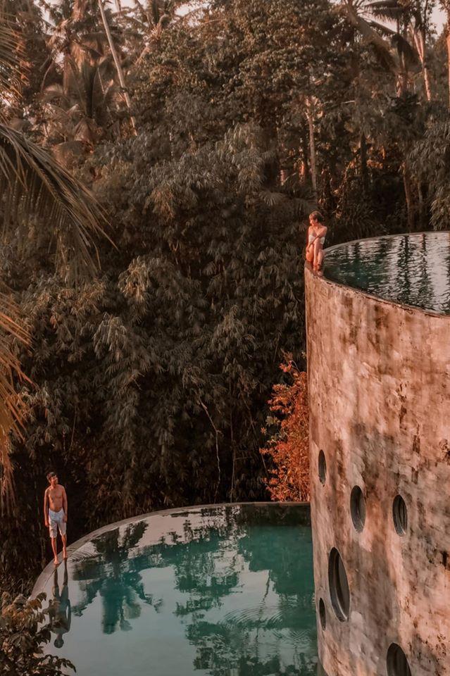 """Vợ hai Minh Nhựa đăng trọn vẹn bộ ảnh Bali nhưng có một tấm hình khiến người sợ độ cao phải """"dựng tóc gáy"""" - Ảnh 2."""