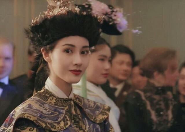 """""""Hoa hậu đẹp nhất Hồng Kông"""" Lý Gia Hân lộ dấu hiệu lão hóa ở ngưỡng tuổi 50 khi tái xuất showbiz - Ảnh 7."""