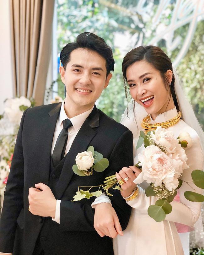 Lóa mắt với loạt hồi môn khủng của sao Việt trong đám cưới: Đông Nhi, Nhã Phương, con gái Minh Nhựa… đều quá ấn tượng - Ảnh 1.