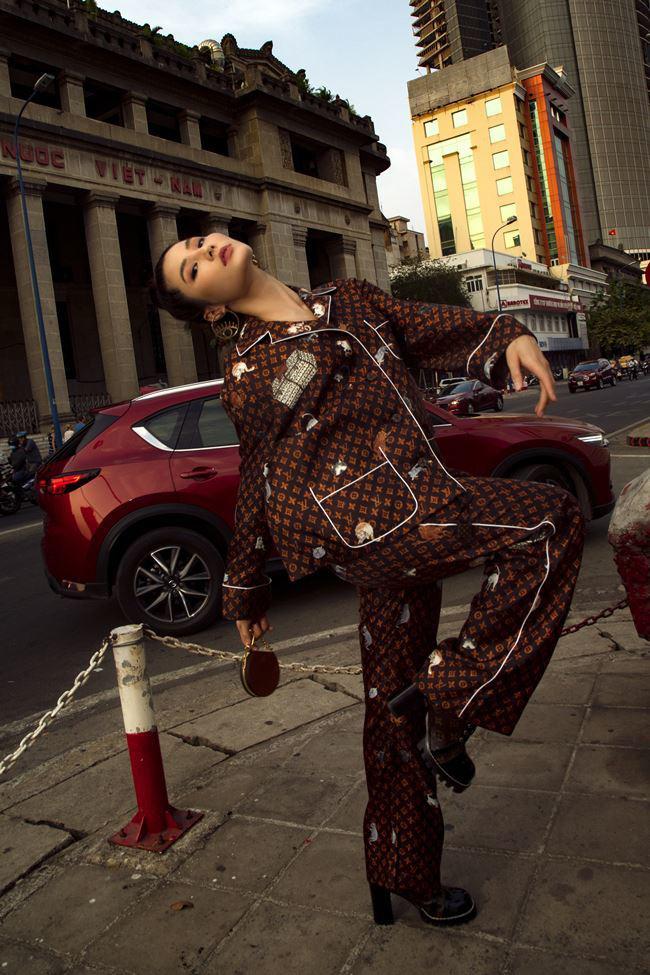 Trước ngày làm cô dâu đại gia, Bảo Thy nhử fan bằng bộ pijama 130 triệu, vẫn đụng hàng cả loạt mỹ nhân hàng hiệu - Ảnh 7.