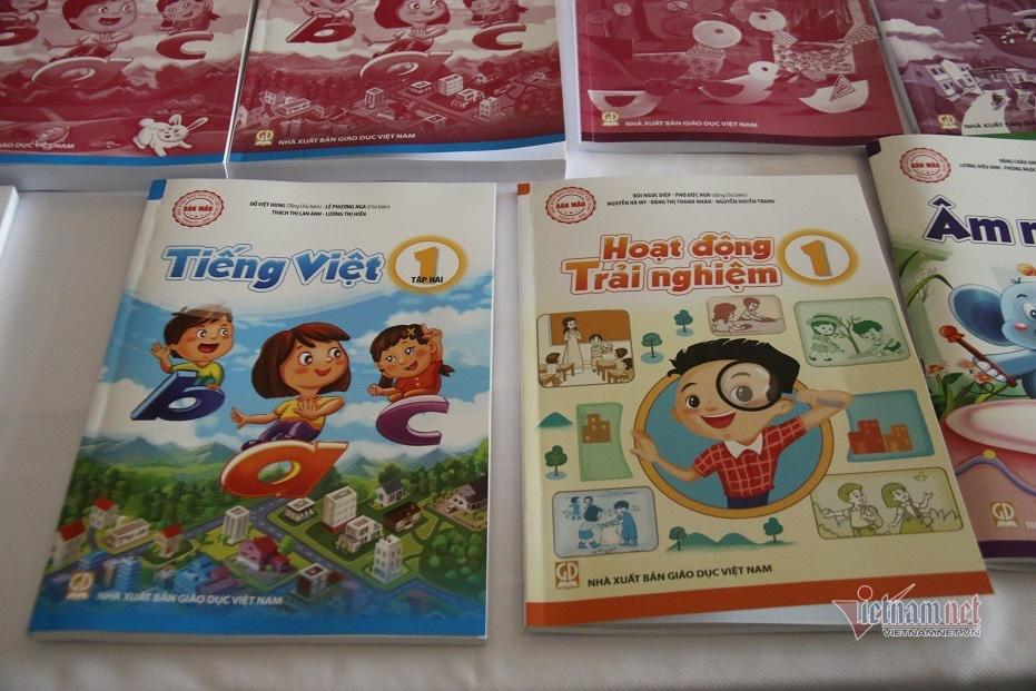 Ra mắt 4 bộ sách giáo khoa lớp 1 biên soạn theo chương trình mới - Ảnh 3.