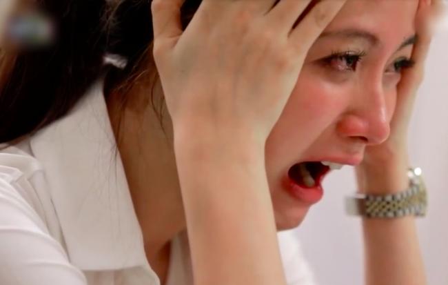 Nghe con gái khóc khản giọng, tôi run rẩy lao vào ôm con và khóc nức nở khi suýt phạm phải sai lầm tày trời - Ảnh 2.