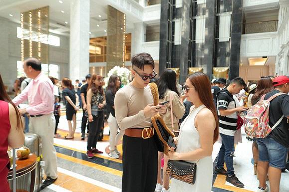 Lộ diện những căn phòng đẳng cấp mà Đông Nhi cùng Ông Cao Thắng dùng hơn 10 tỷ đồng để chuẩn bị cho khách mời tới dự đám cưới - ảnh 8