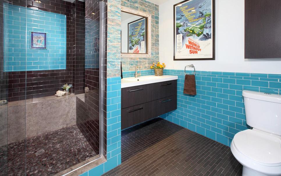 Phòng tắm gia đình sinh động thêm mấy phần nhờ lựa chọn loại gạch ốp này