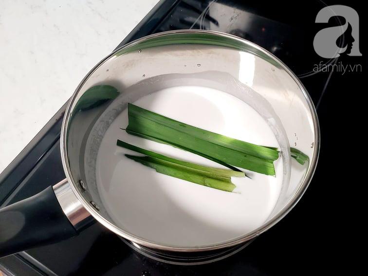 """Hot mom Huỳnh Phương Trang chia sẻ cách nấu nước cốt dừa """"đỉnh"""", ăn cùng món gì cũng ngon - Ảnh 1."""