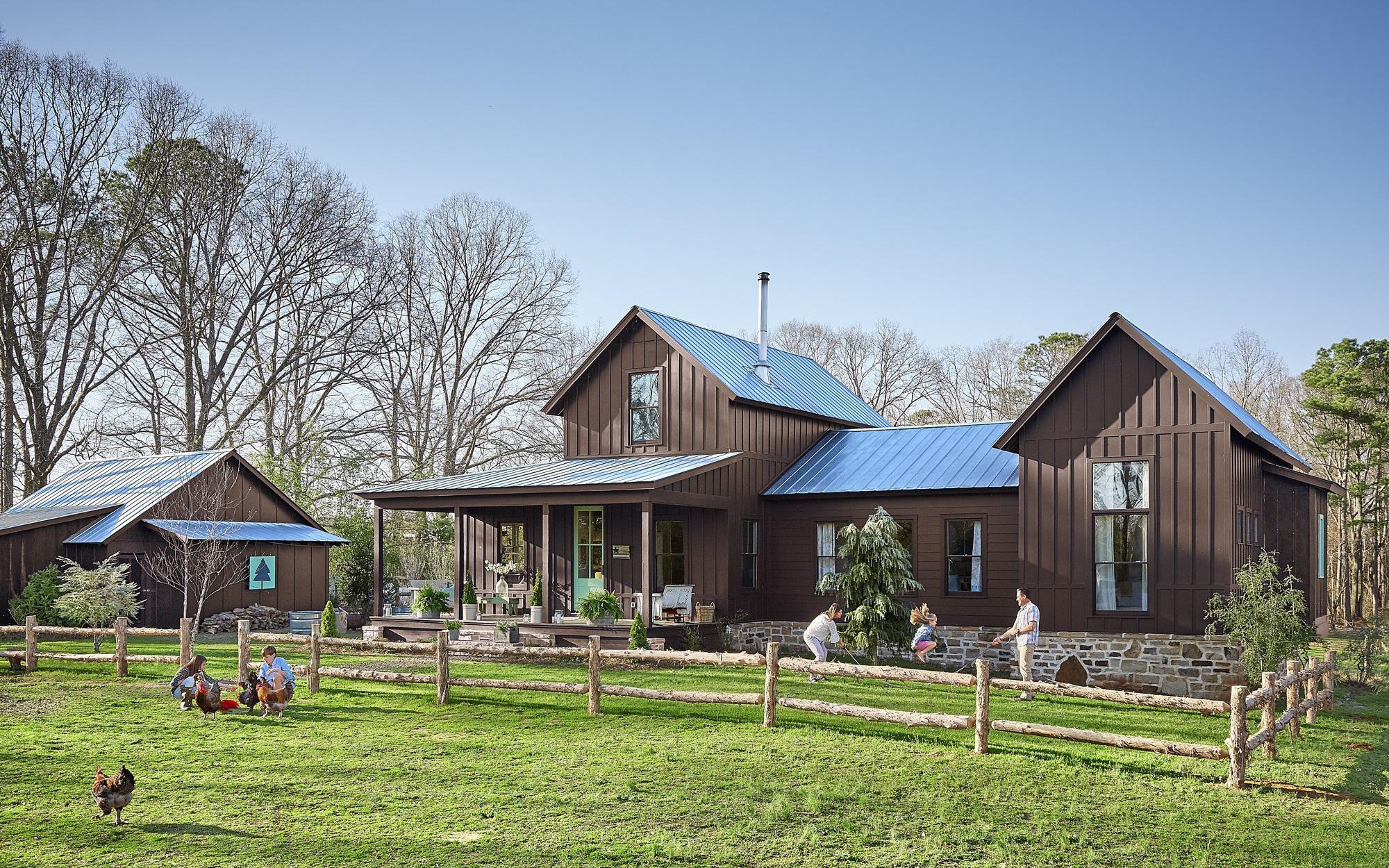 Chiêm ngưỡng ngôi nhà mơ ước ở làng quê của cặp vợ chồng quyết cho con cái có tuổi thơ đẹp và trọn vẹn