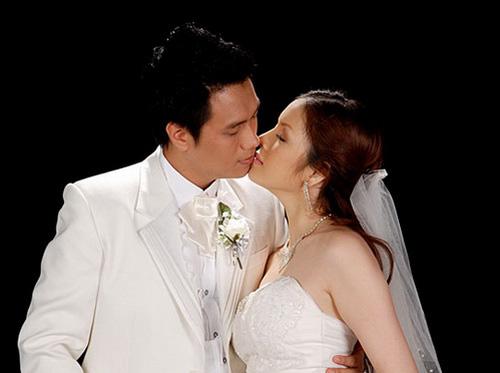"""Diễn viên Việt Anh: Hai cuộc hôn nhân chung một kết cục xấu xí, đầy rẫy tin đồn với """"người thứ 3"""" - Ảnh 9."""