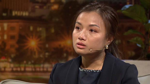 Ám ảnh nỗi đau mất con, Quỳnh Trần JP từng thức nguyên đêm trông chừng khi bé Sa mới chào đời - Ảnh 2.