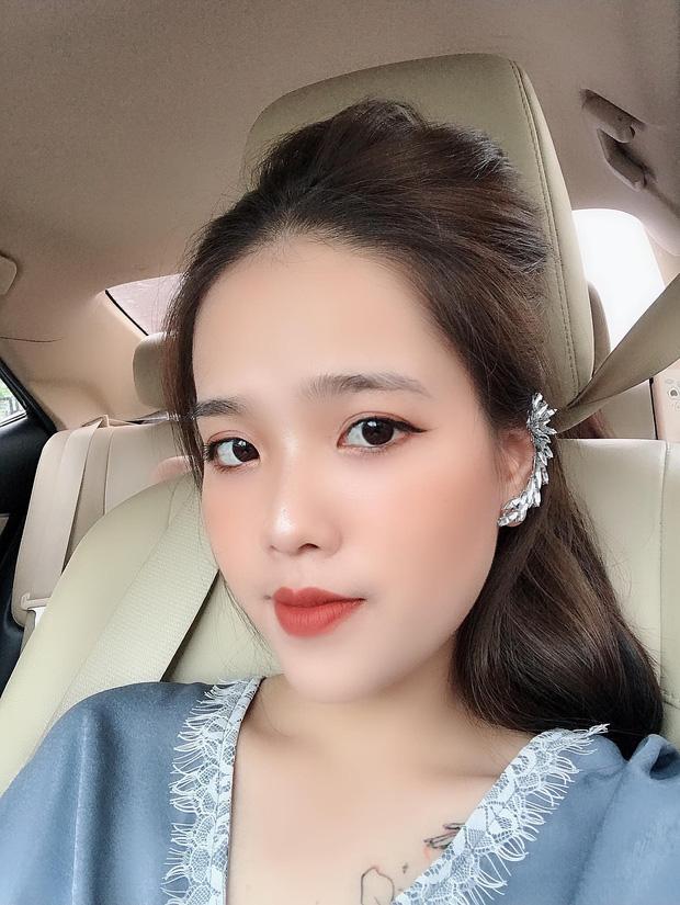 """Tưởng nhắn tin mùi mẫn cho """"hot girl 1m52"""", hóa ra đối tượng của Quang Hải lại là cô gái khác: Nhan sắc đẹp và có dấu hiệu khẳng định chắc nịch chuyện hẹn hò - Ảnh 2."""
