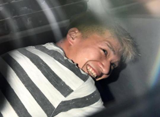 Từ chàng trai hiền lành được cả xóm khen ngợi, chàng trai chớp mắt biến thành kẻ giết người hàng loạt luôn nở nụ cười tươi gây ám ảnh Nhật Bản - Ảnh 6.