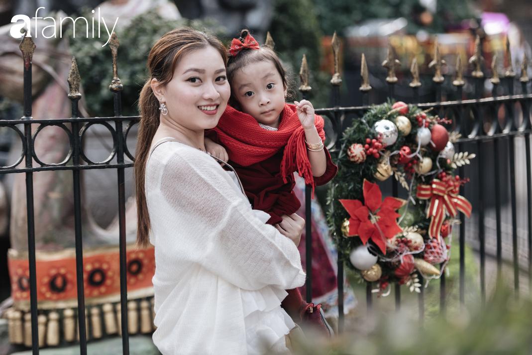 """Noel 2019 cận kề, loạt địa chỉ trang trí hoành tráng như nhà thờ Lớn, trung tâm thương mại sẽ là gợi ý """"sống ảo"""" cực xịn cho hội chị em Hà Nội - Ảnh 5."""