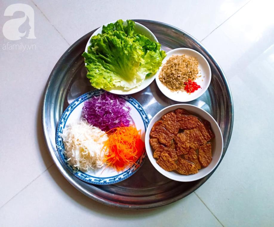 Ăn Eat Clean các mẹ đừng bỏ qua món salad ngũ sắc đẳng cấp nhà hàng này nhé - Ảnh 2.