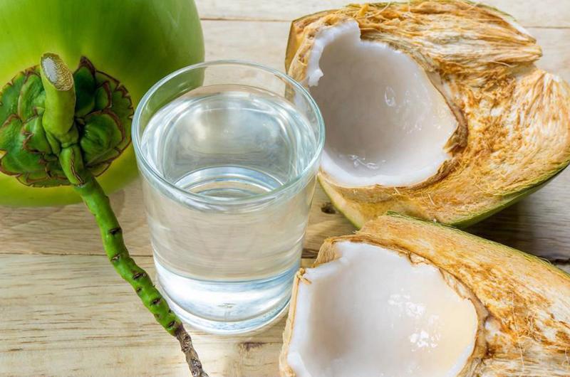 """Nước dừa giúp phụ nữ """"hồi xuân"""" và bất chấp hết bệnh tật nhưng đừng dại uống vào 5 """"thời điểm độc"""" này mà hại thân - Ảnh 5."""