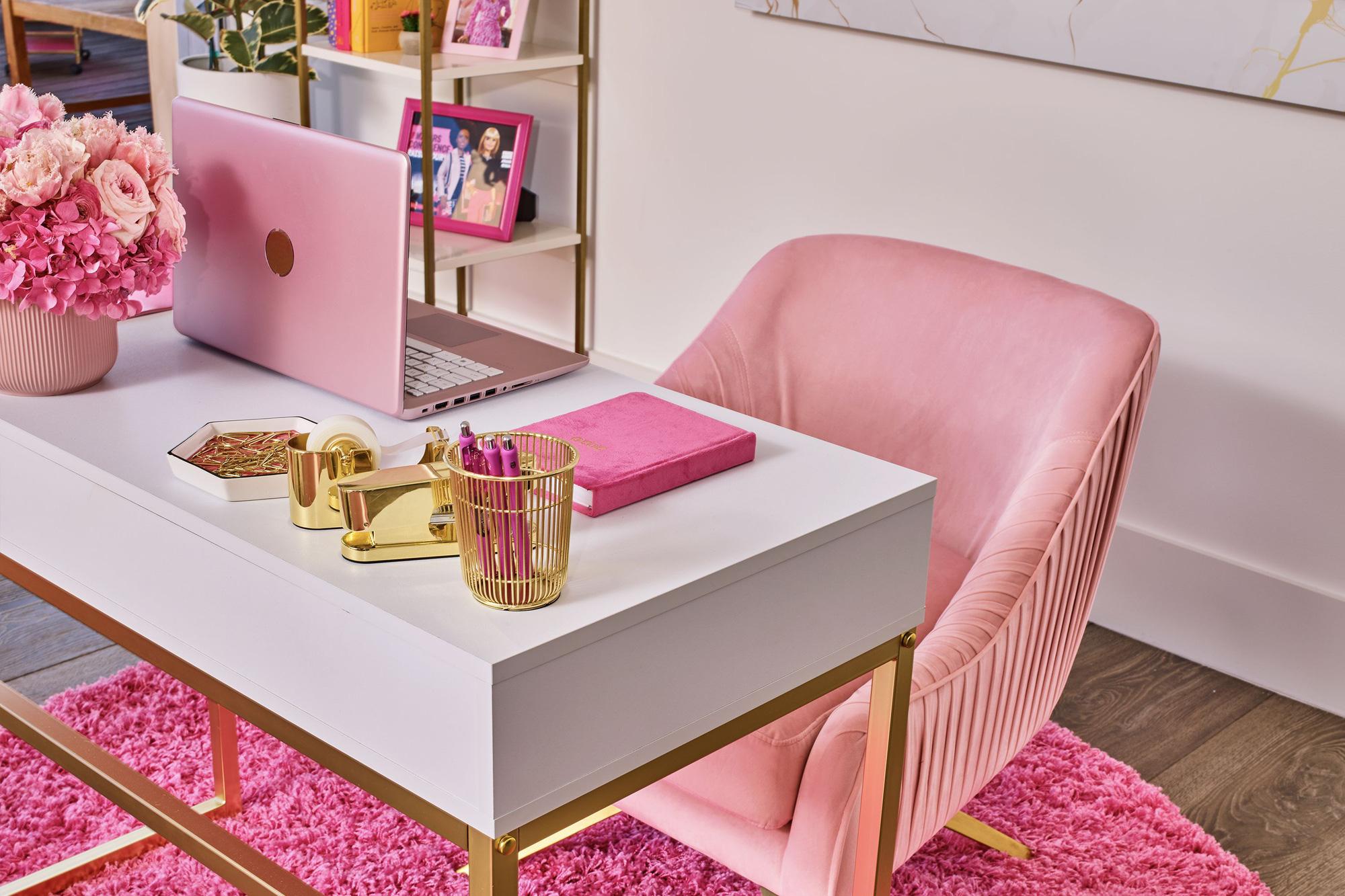 Ngôi nhà búp bê Barbie phiên bản hàng thật với giá 1,3 triệu/đêm, các cô gái nhanh tay xách vali lên nào - Ảnh 10.