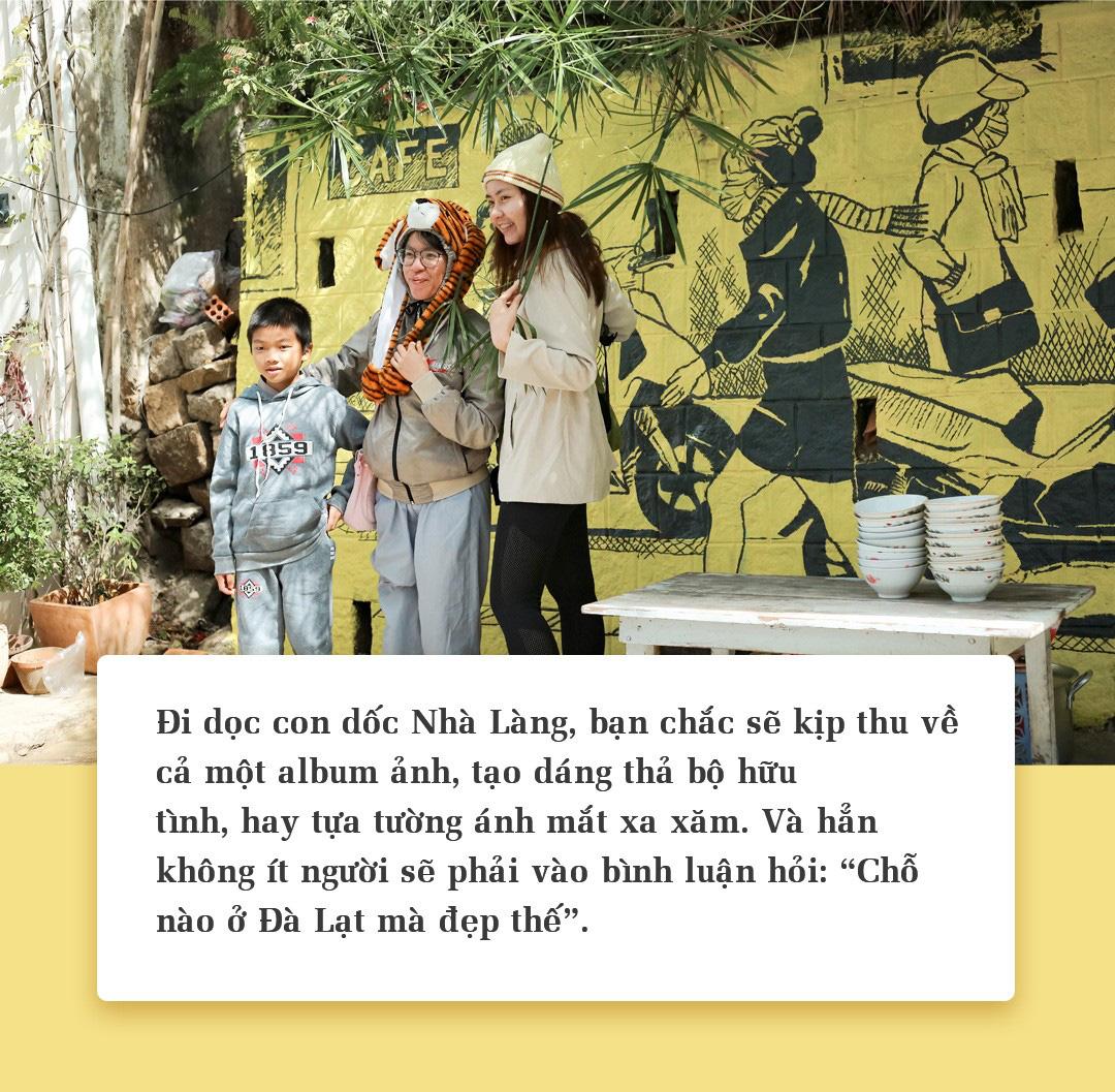 """Giới trẻ rộn ràng check-in tại con Dốc Nhà Làng """"gây thương nhớ"""" ở Đà Lạt - Ảnh 7."""