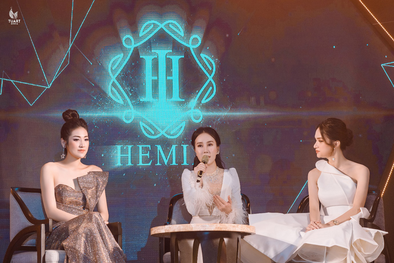 Dàn sao Việt đình đám quy tụ tại sự kiện của hot girl Thúy Kami - Ảnh 3.