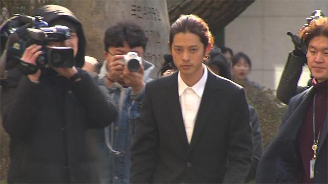 Sốc trước danh sách nạn nhân trong vụ bê bối hiếp dâm tập thể gây rúng động Kbiz cũng như danh tính những kẻ bệnh hoạn đã nhận clip sex từ Jung Joon Young - Ảnh 3.