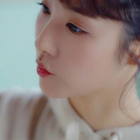"""""""Tình cũ Lee Min Ho"""" Park Min Young tiếp tục đốn tim người hâm mộ với loạt ảnh khoe nhan sắc đỉnh cao cùng vòng 2 quyến rũ - Ảnh 3."""