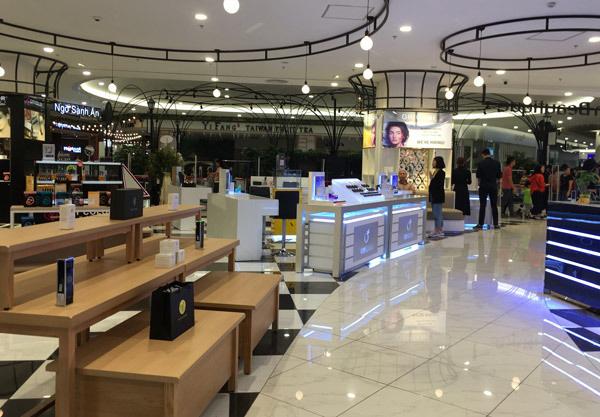 Thất vọng Aeon Mall Hà Đông, khai trương rồi hàng đóng cửa im lìm - Ảnh 8.