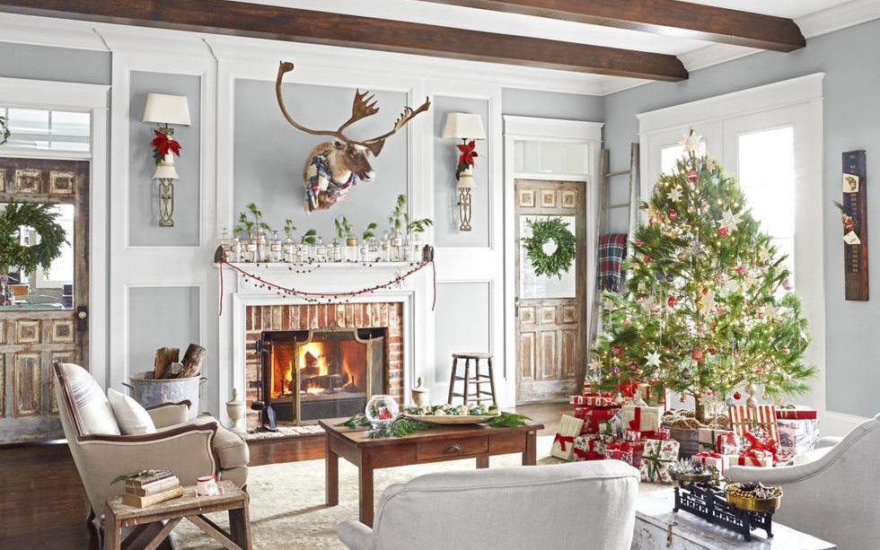 Những cách tạo không khí vui vẻ cùng nét nổi bật độc đáo cho phòng khách nhà bạn dịp Giáng sinh