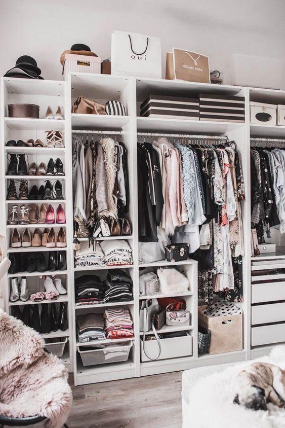 10 ý tưởng tổ chức tủ quần áo để bạn không phải đau đầu - Ảnh 3.
