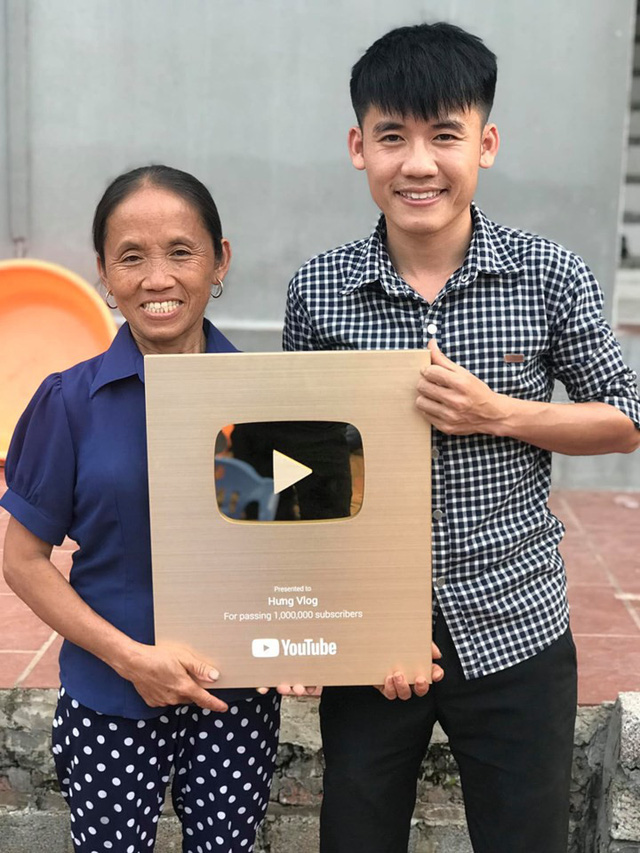 Top 5 Youtuber thành công trong năm 2019: Bà Tân Vlog, Quỳnh Trần JP sánh ngang với Vũ Khắc Tiệp, Ngọc Trinh về độ phủ sóng - Ảnh 4.