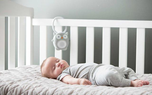 Lần đầu tiên cho con lên giường ngủ cùng với bố, ai ngờ lại lần cuối cùng mẹ được bế con - Ảnh 2.