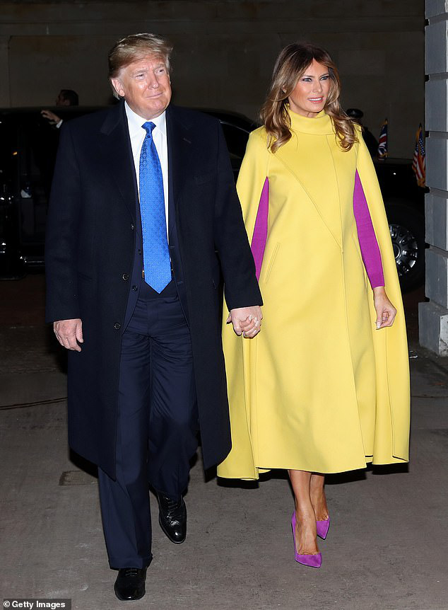 """Diện váy 30 triệu đồng, Công nương Kate """"cân"""" cả Hoàng gia Anh, đọ sắc với Đệ nhất phu nhân Mỹ  - Ảnh 2."""