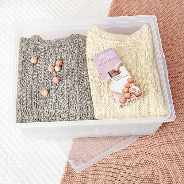 8 bước giúp bạn tối đa hóa không gian tủ quần áo bằng cách lưu trữ đồ theo mùa - Ảnh 5.