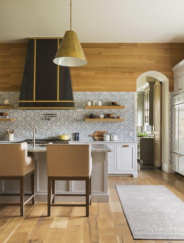 Chẳng thể ngờ chỉ với vài món phụ kiện đồng lại khiến diện mạo căn bếp trông rực rỡ hơn hẳn - Ảnh 15.